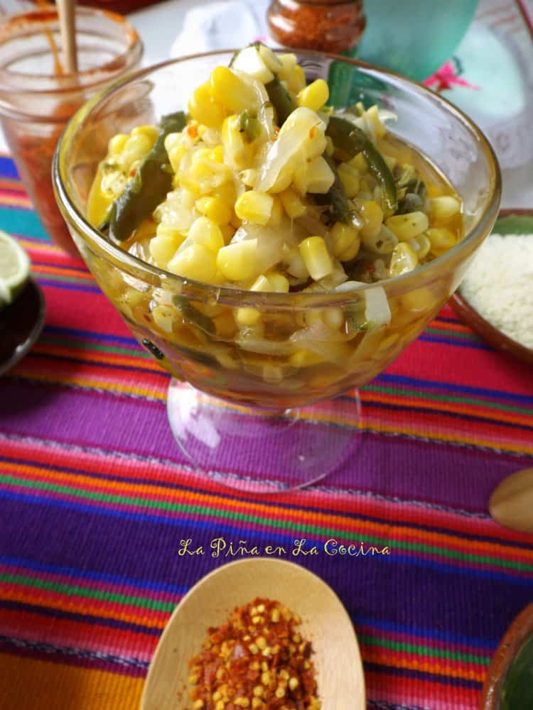 Esquites-Warm Corn Cup in glass before garnish