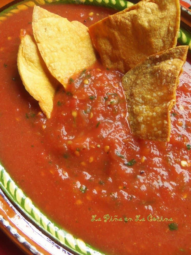 Restaurant-Style Salsa-Easy Tomato Jalapeño Salsa