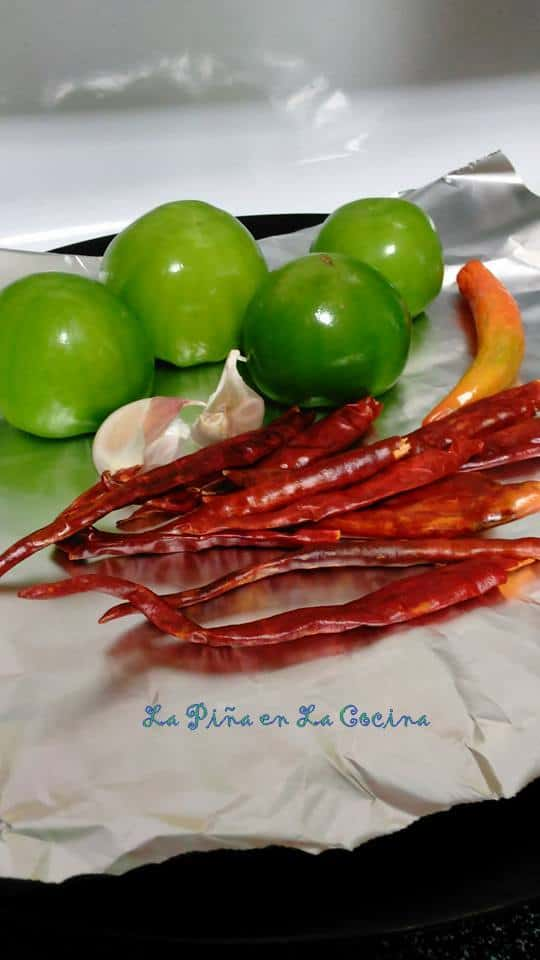 Toasted Chile de Arbol Salsa with Tomatillo