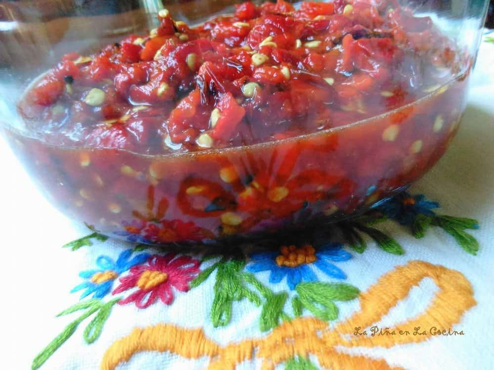 Salsa Tatemada de Jalapeño Rojo-Charred Red Jalapeño Salsa