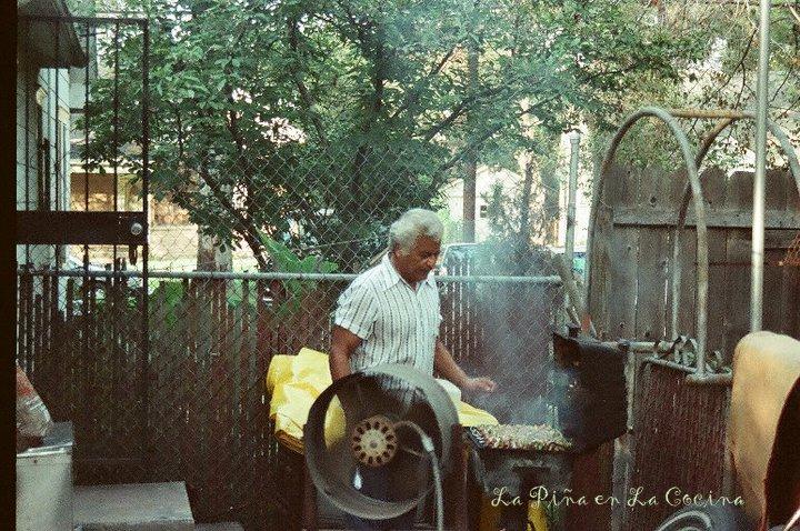 Dad Grilling Alambres