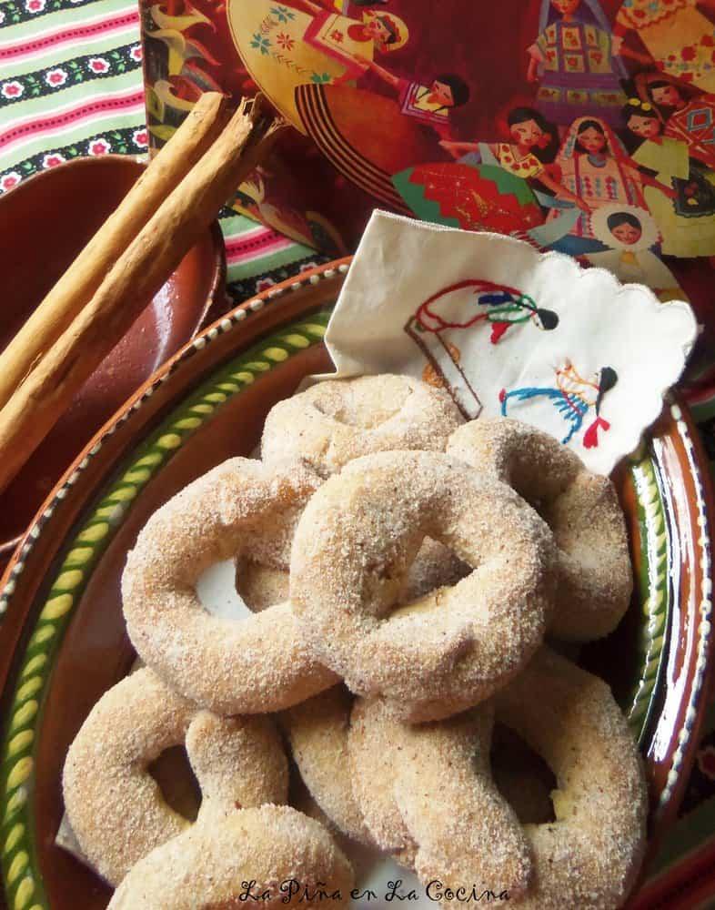 Roscas de Canela-Mexican Style Cinnamon Cookies