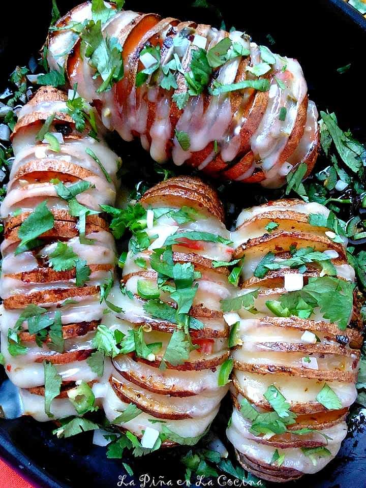 Chipotle Hasselback Potatoes #hasselbackpotatoes #potatorecipes