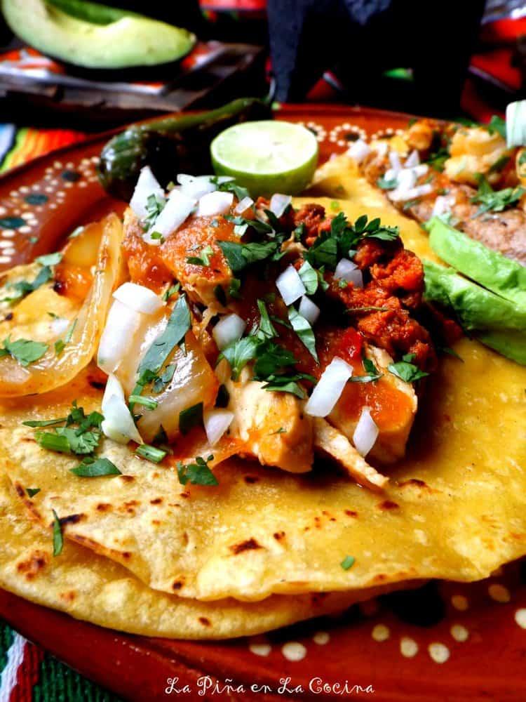Molcajete-Chicken and Longaniza Tacos #molcajete #tacos