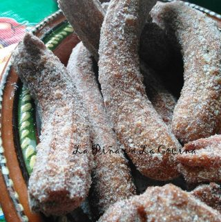 Churros  and Chocolate(Churros de Canela)
