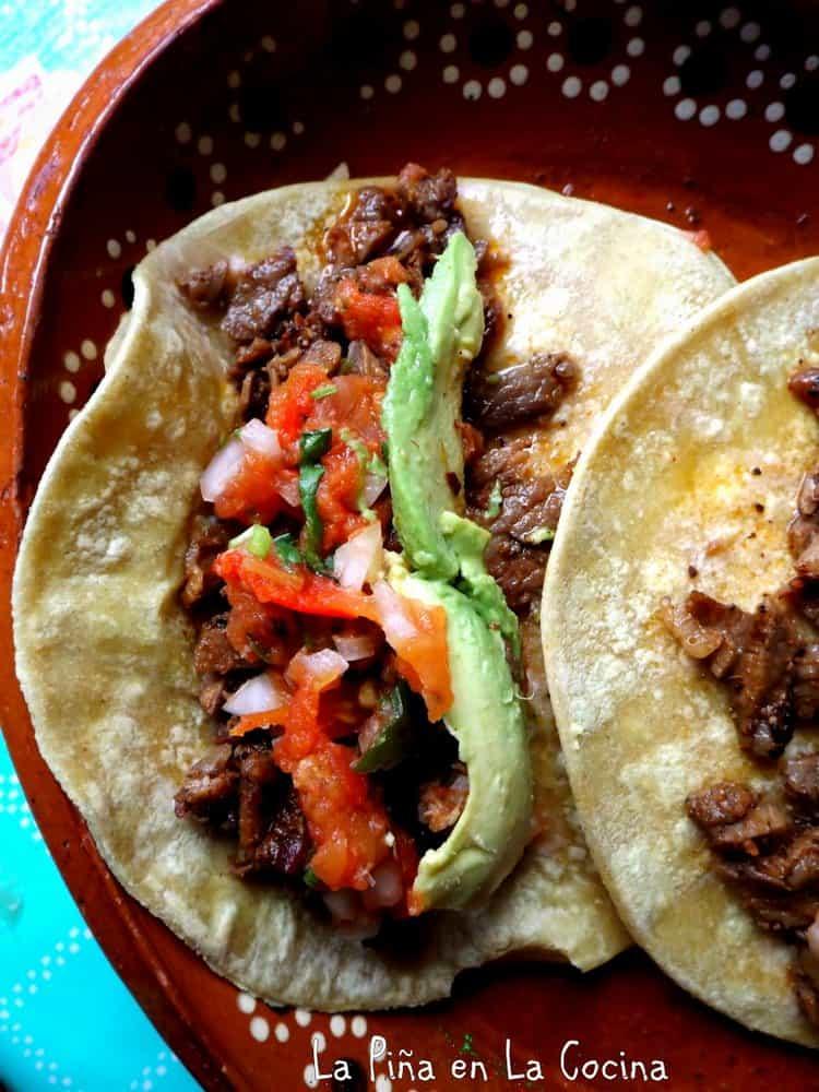 Tomato Serrano Molcajete Salsa #salsamolcajeteada #salsarecipes