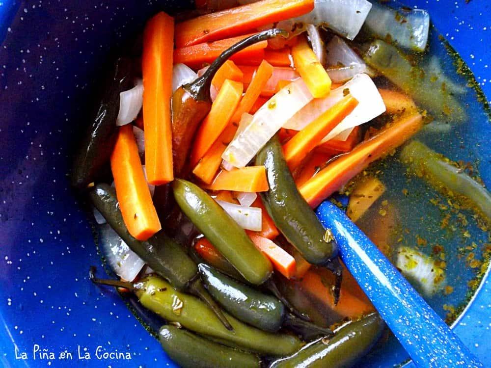 Chiles en Vinagre-Escabeche