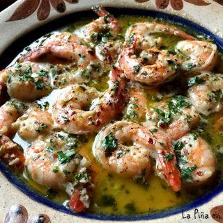 Camarones Al Mojo de Ajo-Garlic Shrimp
