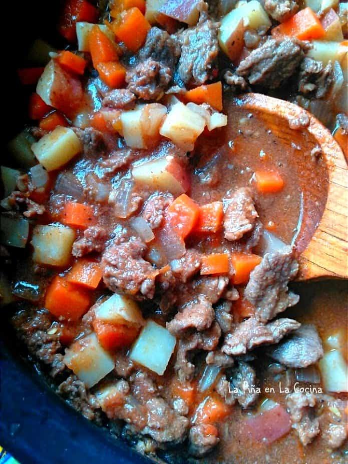 Carne Picada Con Verduras Close up in pot