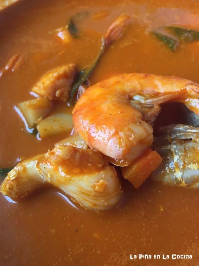 Caldo de Pescado y Camaron (Seafood Soup)