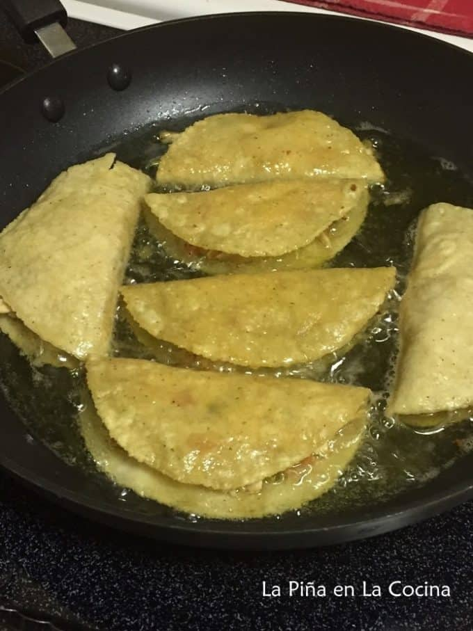 Crispy Chicken Tacos-Pollo a la Mexicana